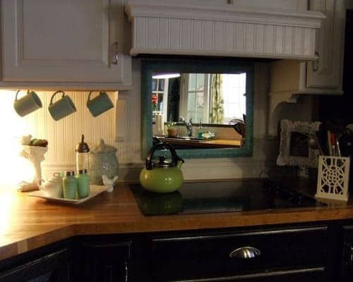 Here Are Feng Shui Rules About Mirrors, Mirror In Dining Area Feng Shui