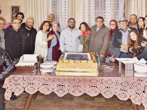 """Mesh Ana"" cast with Tamer Hosny's wife"