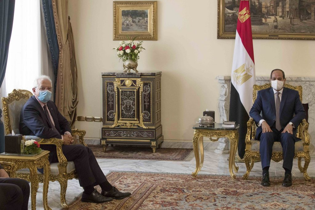 Sisi to Borrell: Egypt Supports All Peace Efforts in Libya
