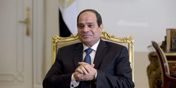 Sisi Receives Credentials of 15 Ambassadors to Egypt