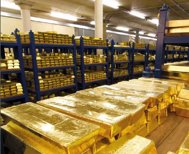Central Banks Sell Gold to Ease Impact of Pandemic