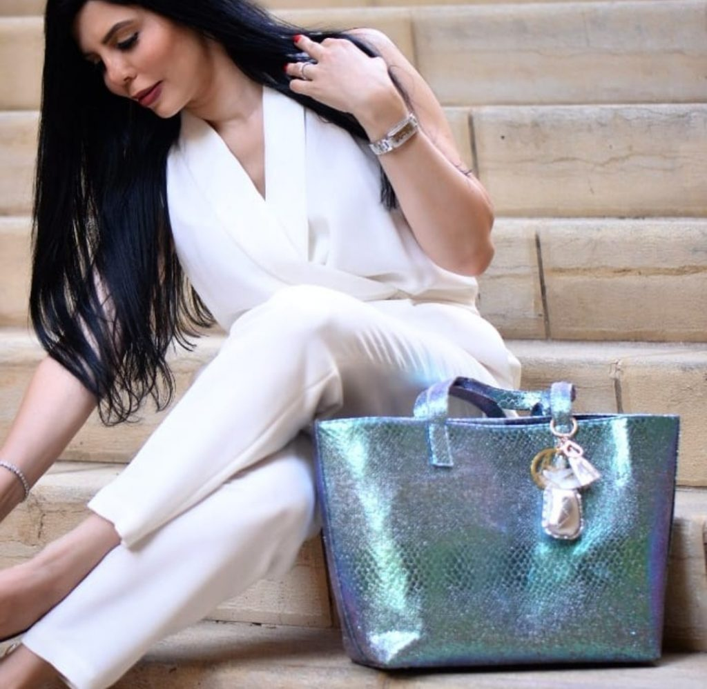 New collection by Alia